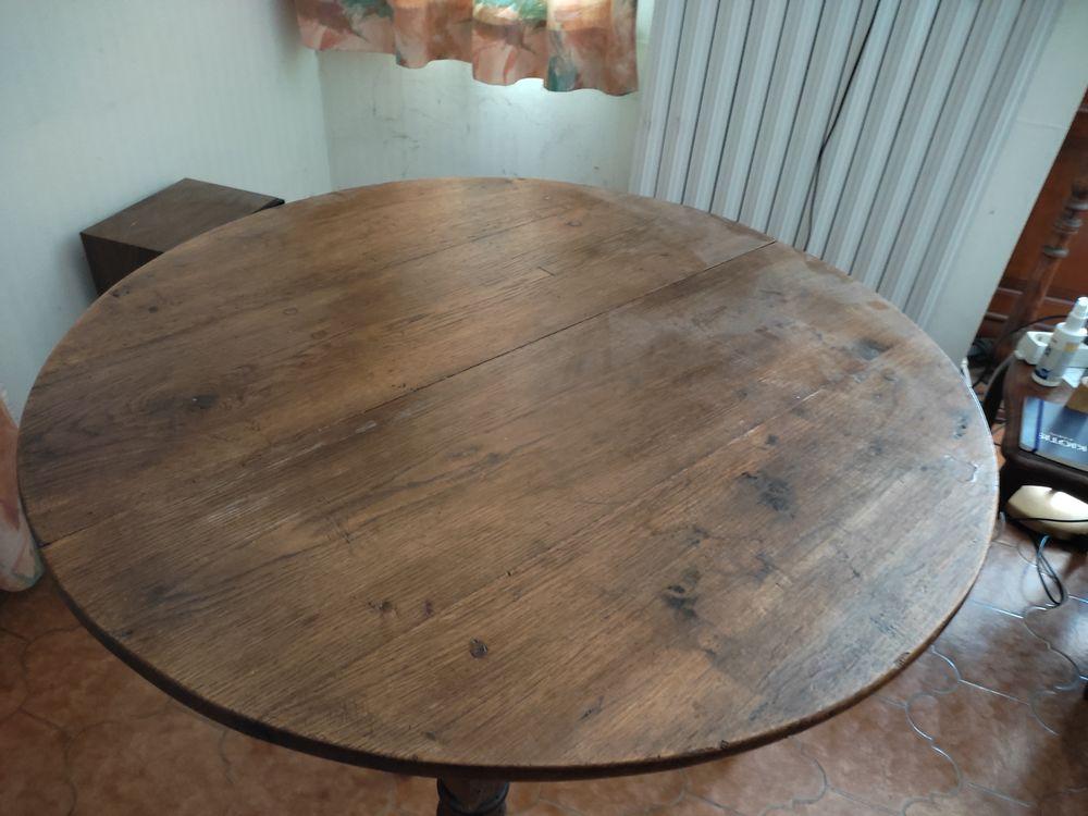 table ronde 80 Nîmes (30)
