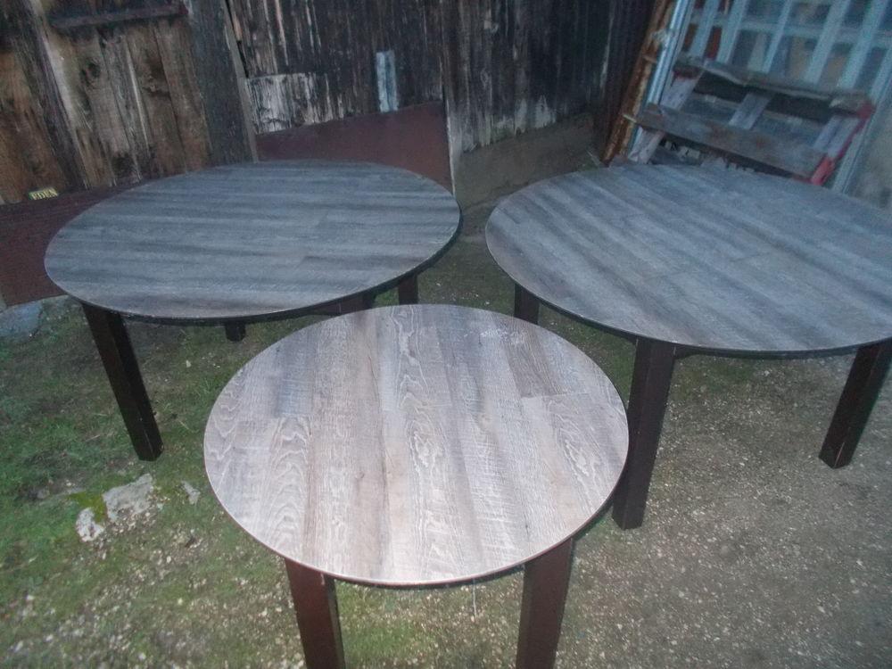 3 table rondes en bois tbeg  faire prix  290 Saran (45)