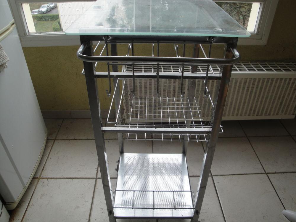 Table roulante ou servante  de cuisine 40 Meyzieu (69)