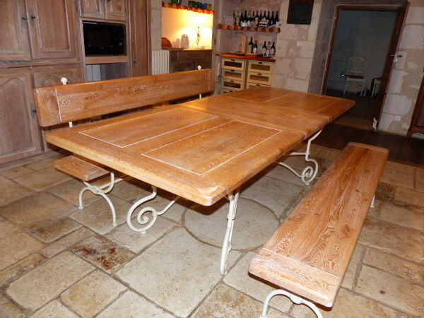 tables occasion dans l 39 indre et loire 37 annonces achat et vente de tables paruvendu. Black Bedroom Furniture Sets. Home Design Ideas