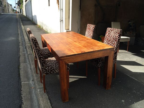 Table bois exotique salle manger for Table salle a manger 3m occasion