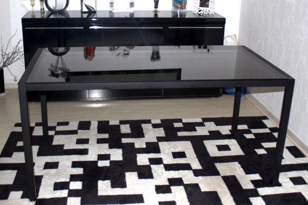 Table salle a manger Verre noir 120 Metz (57)