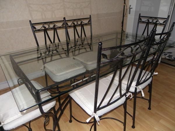 Achetez table de salle occasion annonce vente - Table salle a manger avec chaise ...