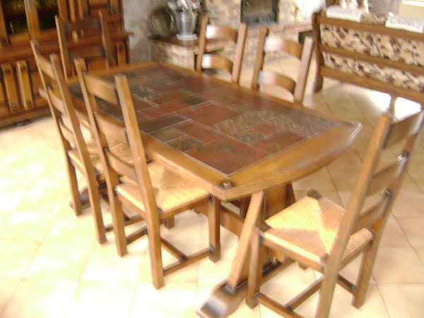 table salle a manger 0 Mairieux (59)