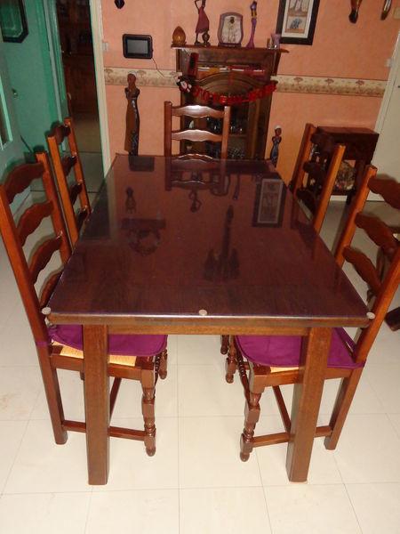 Table Salle A Manger Avec 6 Chaises Plus Plexiglas