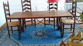 table de salle à manger style Basque bois massif 4 chaises  350 Nîmes (30)