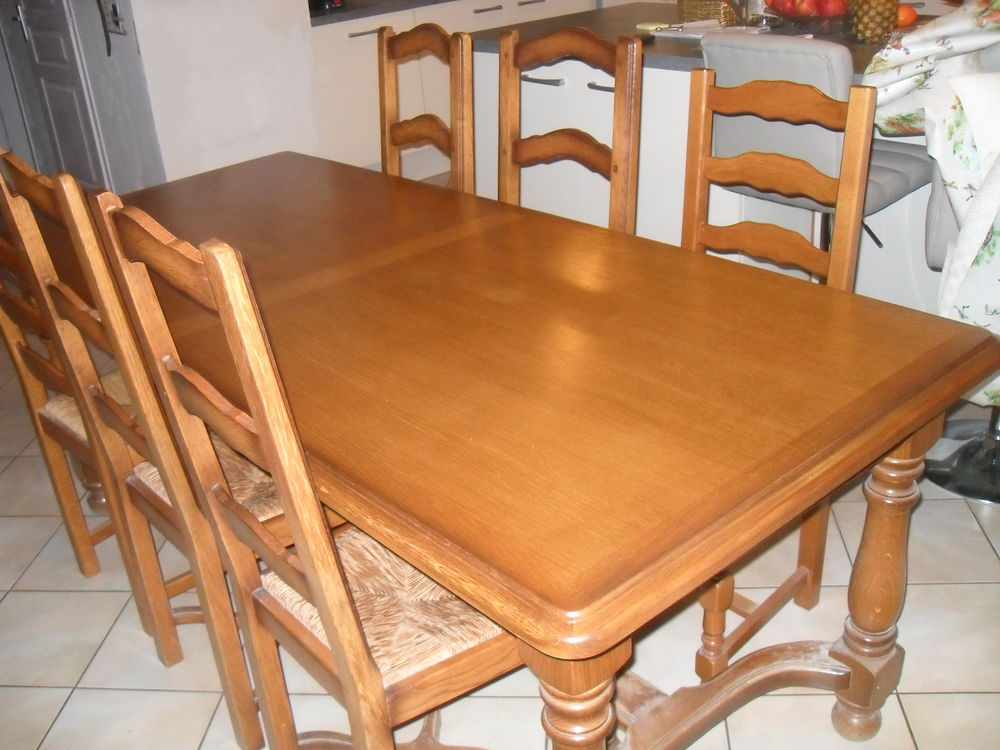 table salle à manger 160 Châteauneuf (73)