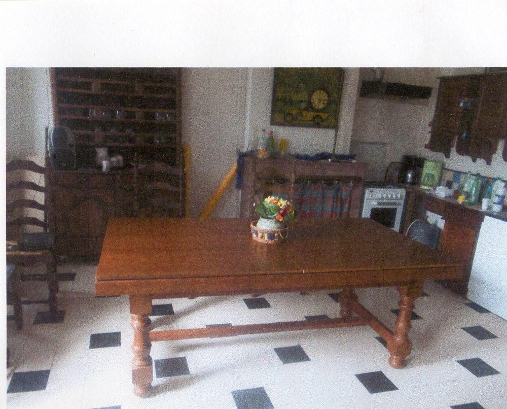Achetez table salle a manger occasion annonce vente le carlaret 09 wb156 - Salle a manger billard ...