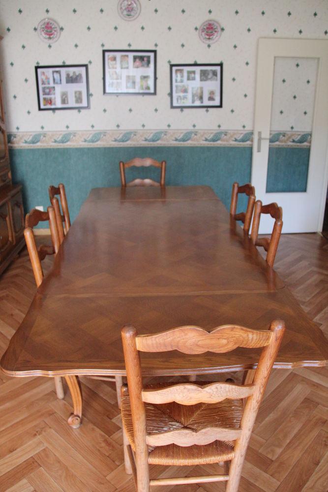 Achetez table de salle occasion annonce vente mont for Table de salle a manger occasion