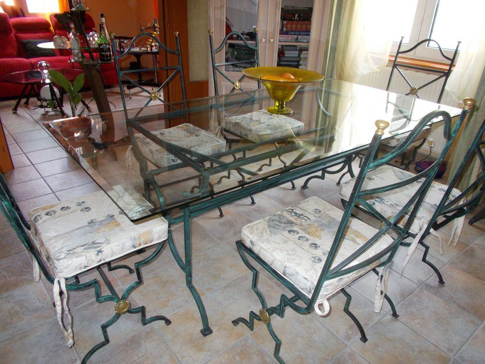 table salle a manger     250 Mulhouse (68)