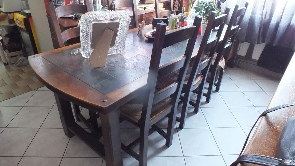 TABLE SALLE A MANGER AVEC 6 CHAISES PAILLÉES  300 Escaudain (59)