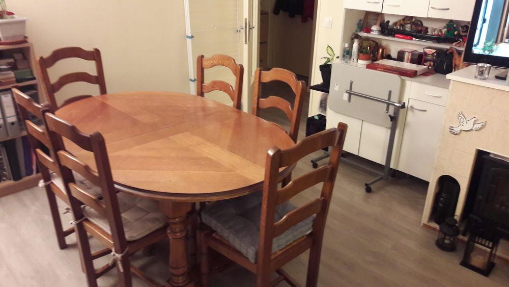 Table salle à manger 220 Pontcarré (77)