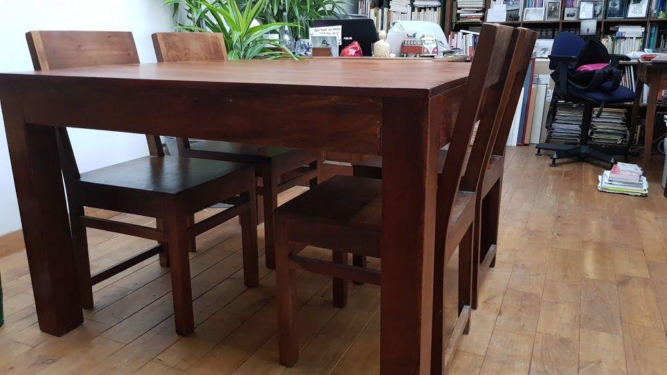 Table salle à manger et 4 chaises 150 Lyon 1 (69)