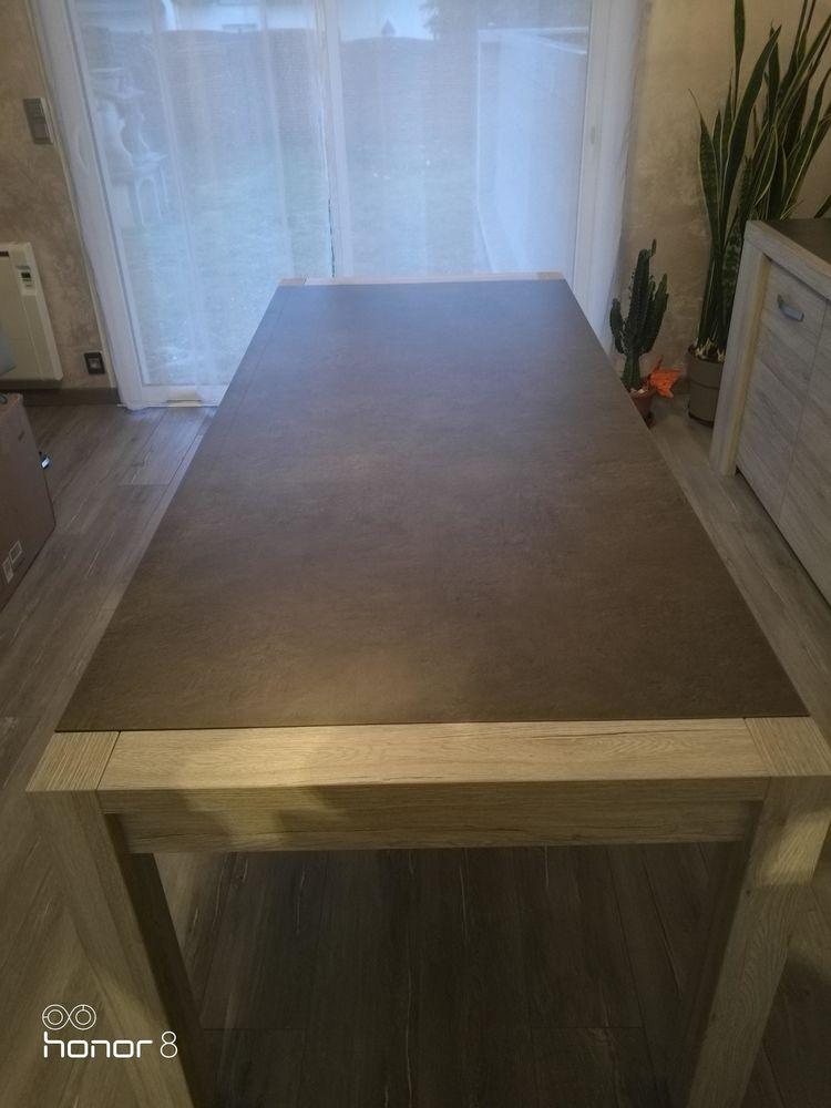 TABLE DE SALLE A MANGER 290 Bourgbarré (35)