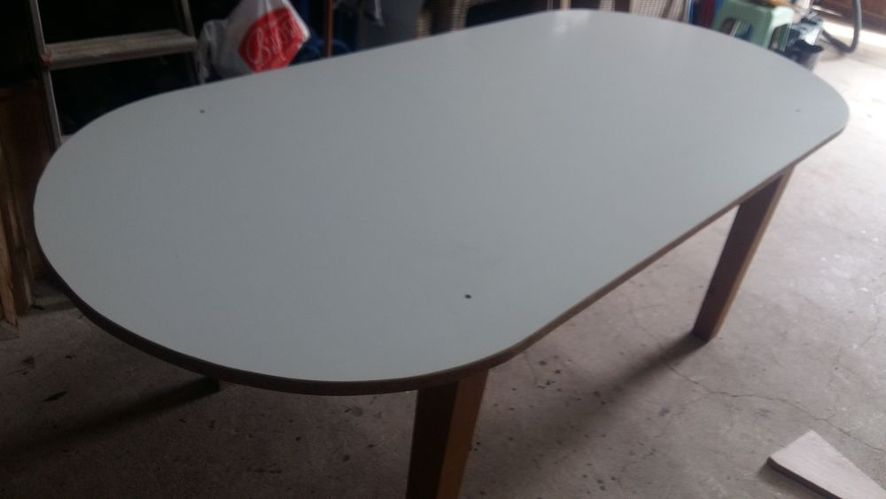 TABLE DE SALLE A MANGER 250 Vern-sur-Seiche (35)