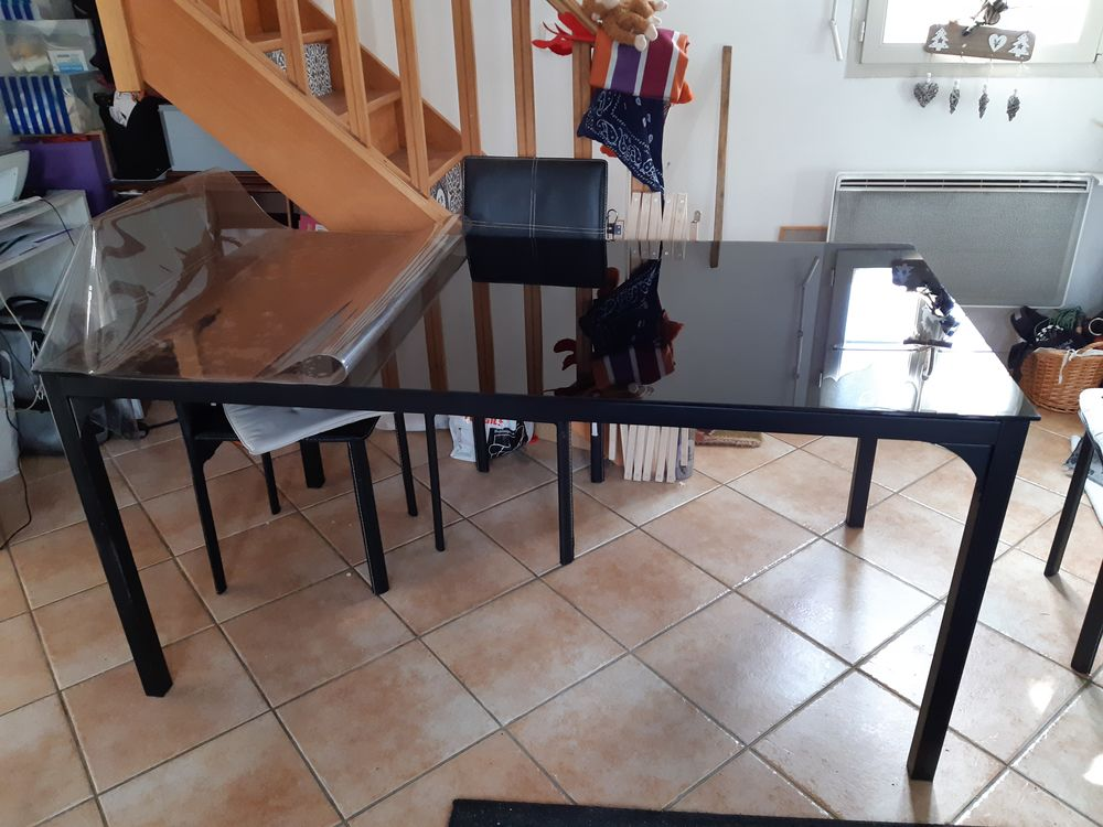 table de salle à manger en verre 100 Gisors (27)