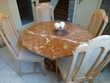 Table de salle à manger  + 4 chaises  220 Village-Neuf (68)