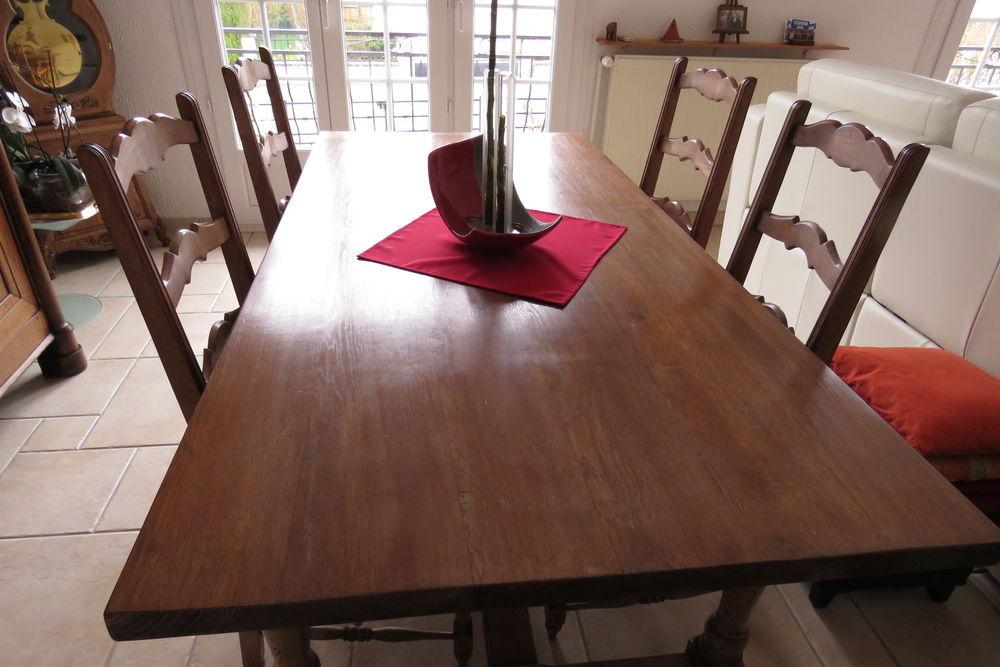TABLE DE SALLE A MANGER + 4 CHAISES 150 Commercy (55)