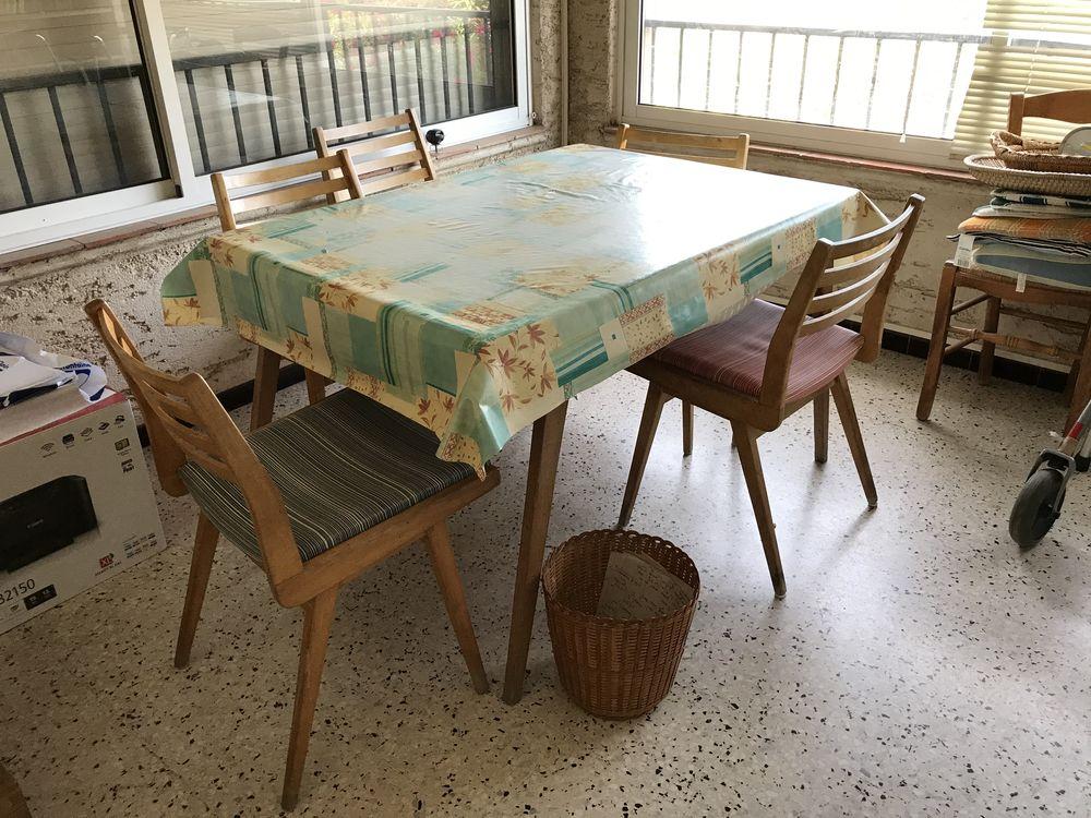 Table salle a manger 150 Solliès-Pont (83)