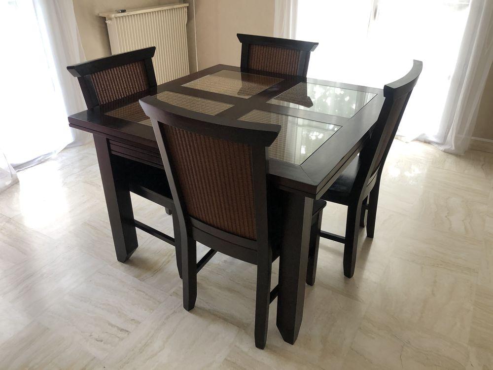 Table salle à manger et ses 4 chaises 500 Yerres (91)