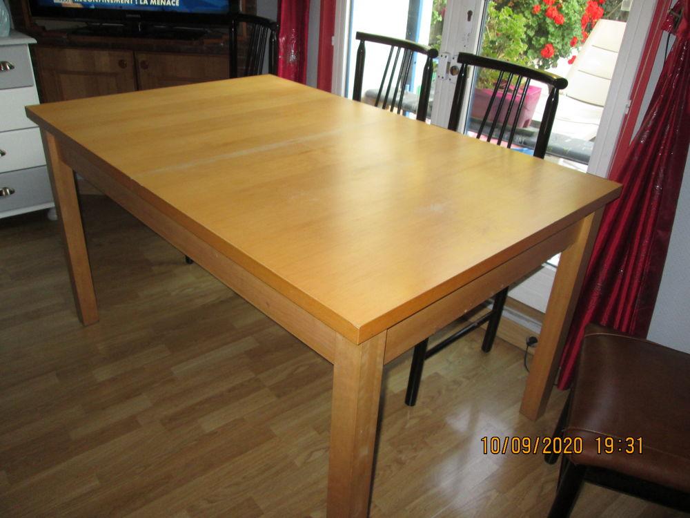 table salle a manger 130 Harfleur (76)