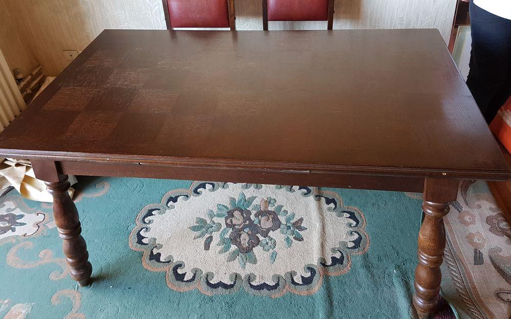 Table de salle à manger en bois massif 100 Vienne (38)