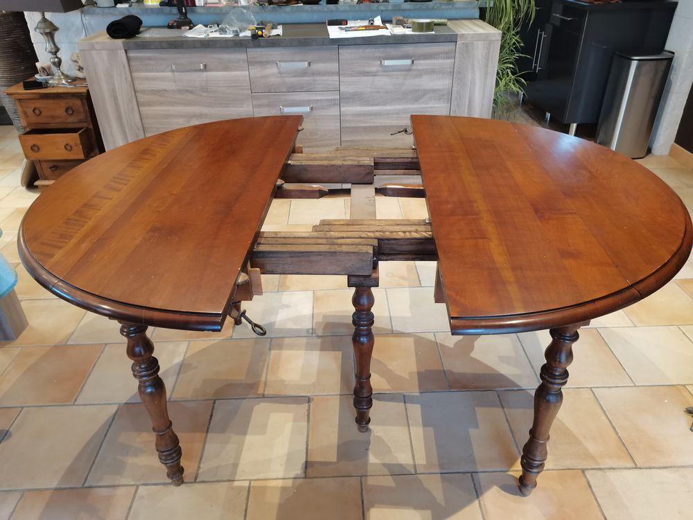 Table de salle à manger ronde 120cm en Merisier massif 150 Tourrettes (83)