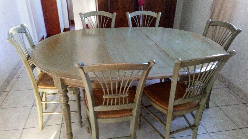 A V table salle à manger et ses 6 chaises  250 Mont-de-Marsan (40)