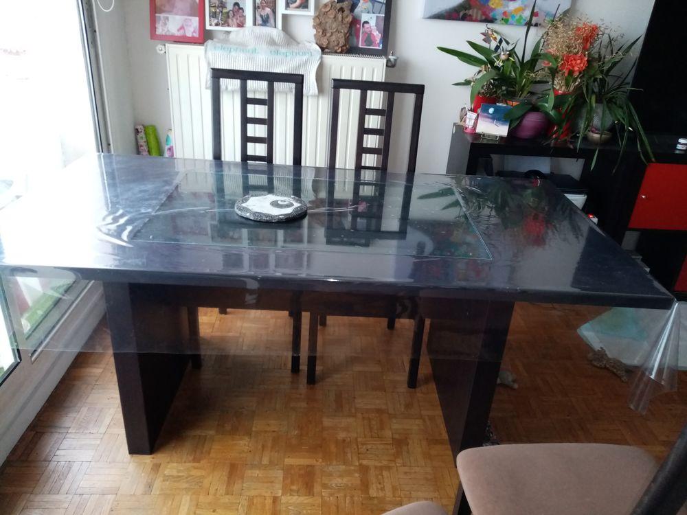 Table salle à manger et chaises Meubles