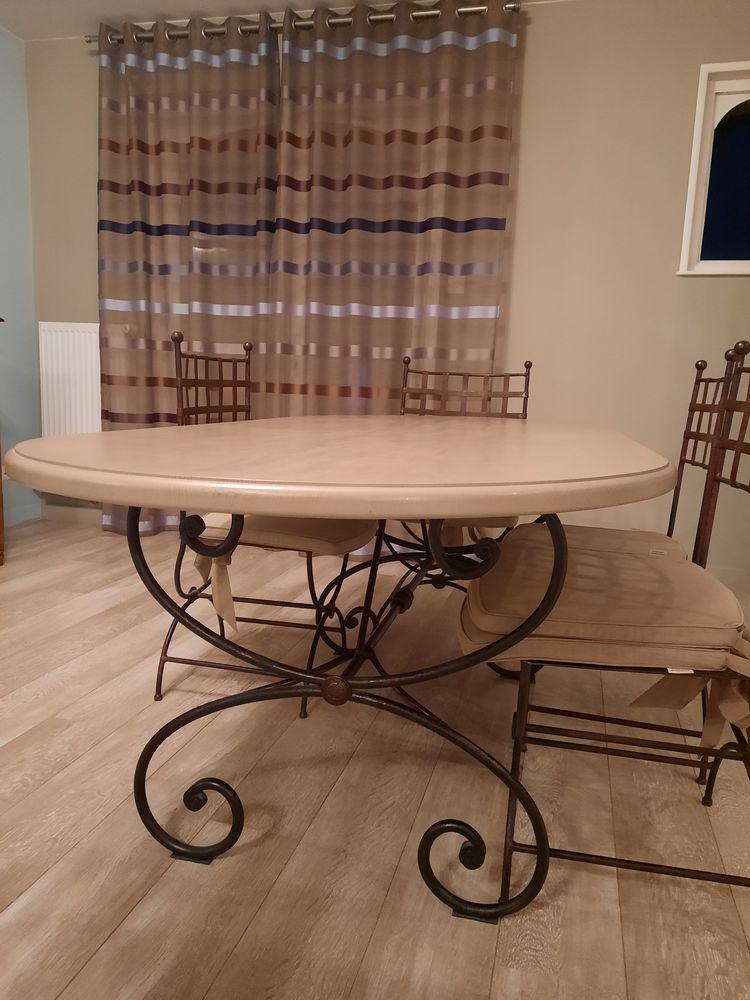 table de salle à manger en chêne 350 Tilloy-lez-Cambrai (59)