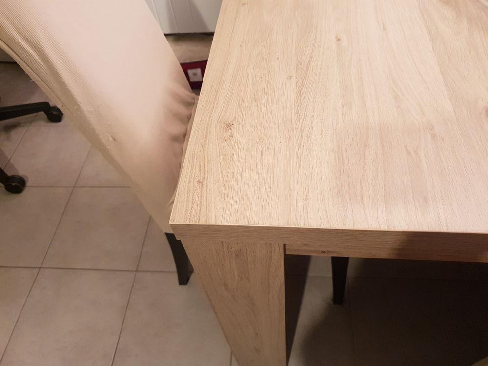 TABLE SALLE A MANGER EN BOIS 140 Pontault-Combault (77)