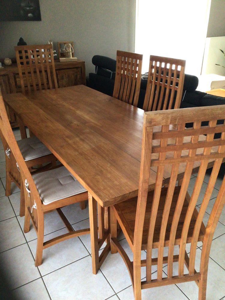 Table de salle à manger en bois Teck massif + 6 chaises 380 Hagetmau (40)