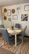 table de salle à manger parfait état + 4 chaises. 300 Chambéry (73)