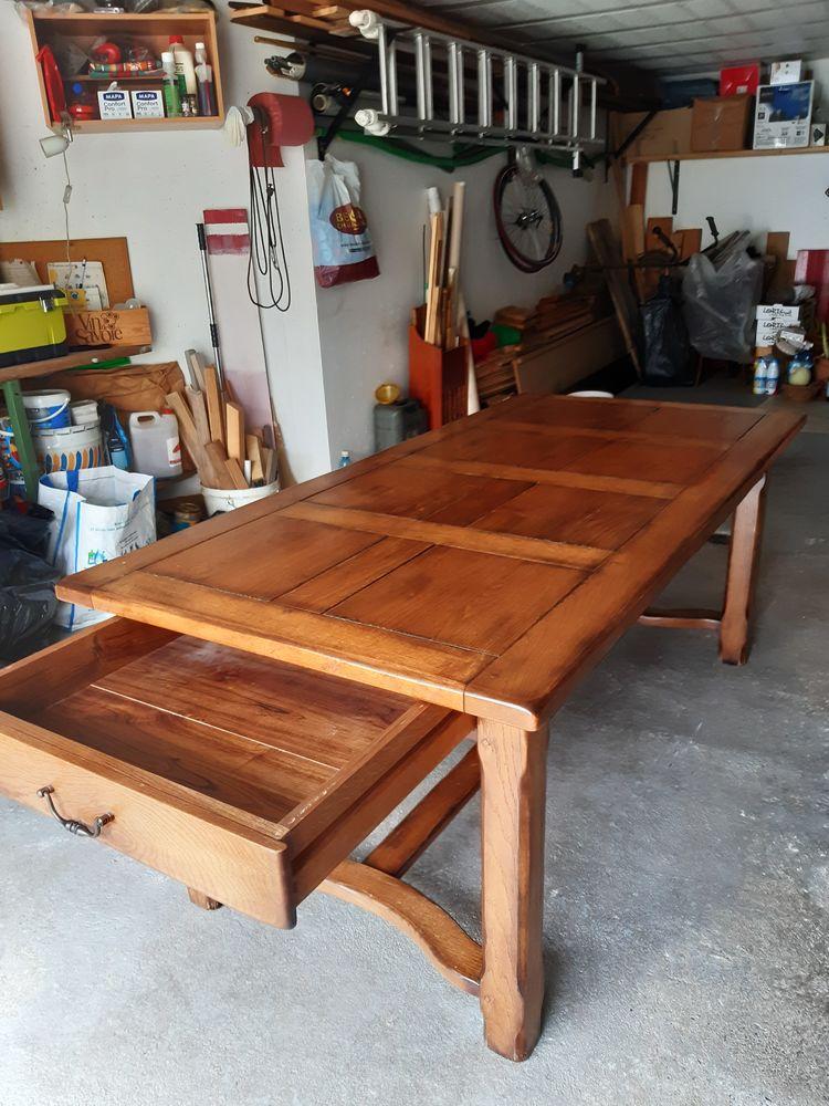 Table salle à manger chêne massif 0 Queige (73)