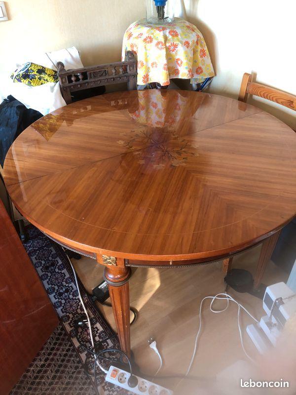 Table salle à manger 350 Ivry-sur-Seine (94)