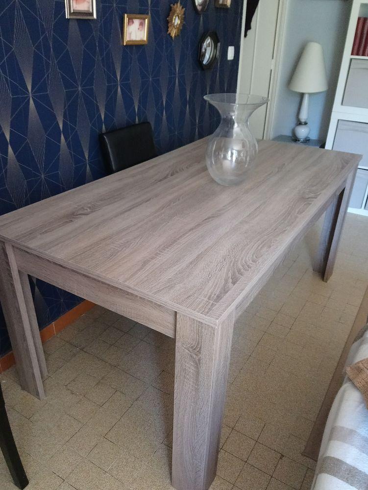 Table salle à manger  0 Saint-Cannat (13)