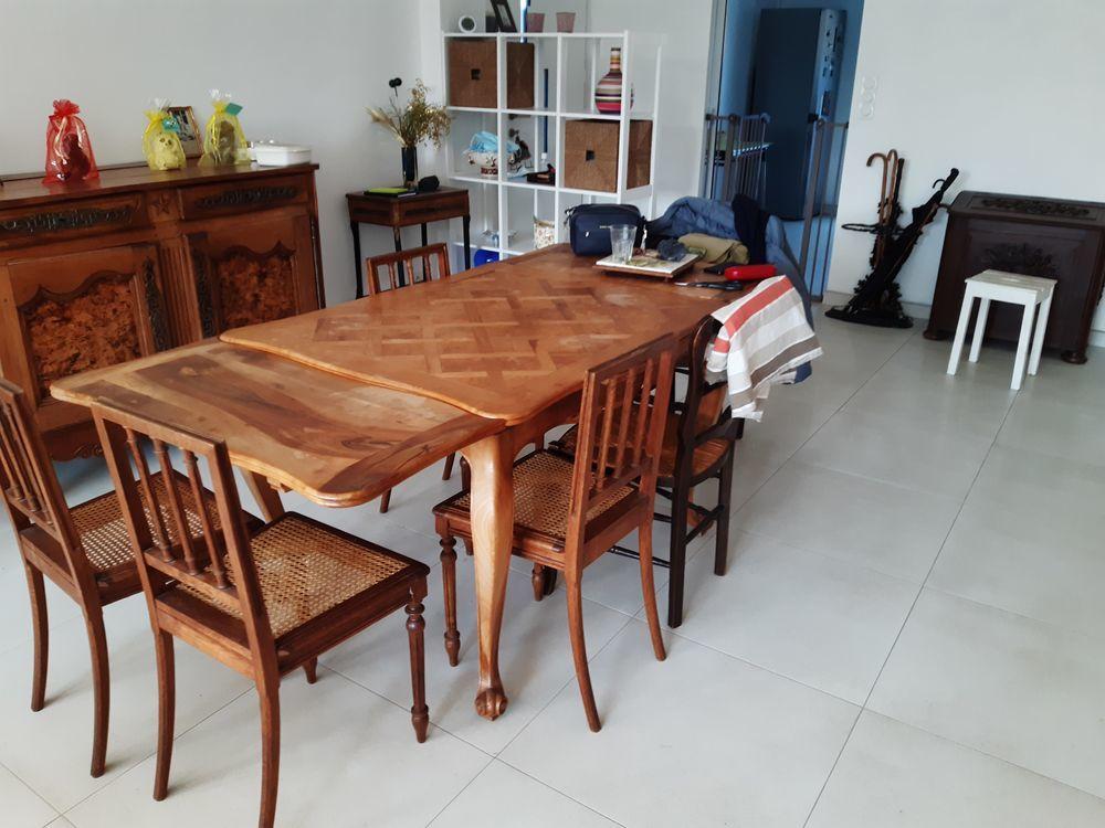 Table de salle à manger style Louis XV 25 Rennes (35)