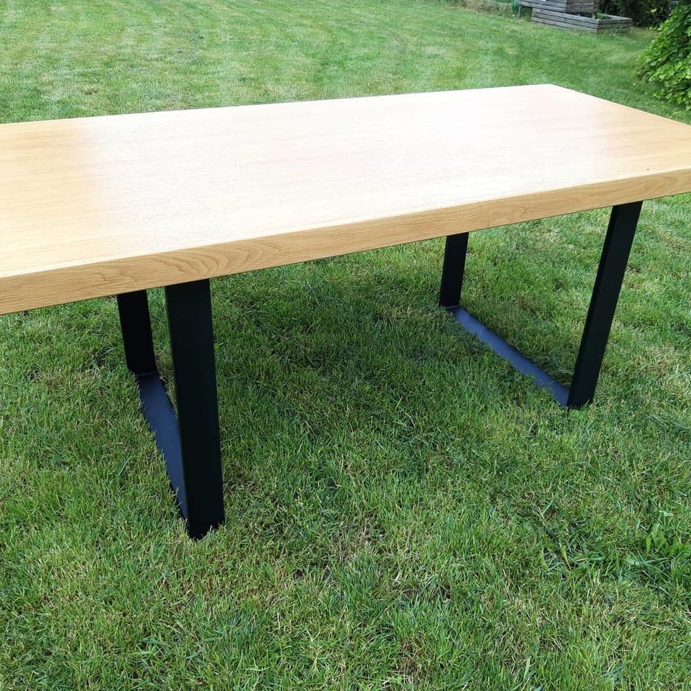 Table de salle à manger style industriel pieds en acier  300 Isbergues (62)