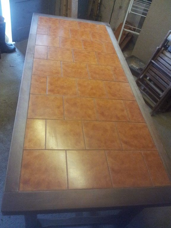 table de salle à manger. 0 Tarbes (65)