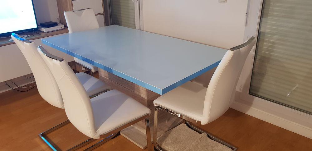 Table de salle à manger + 4 chaises 400 Cergy (95)