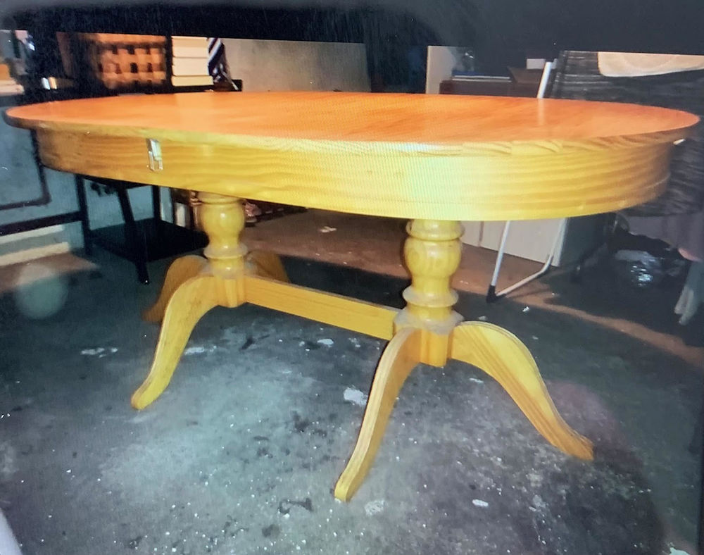 Table salle à manger ovale en bois 140 Longlaville (54)