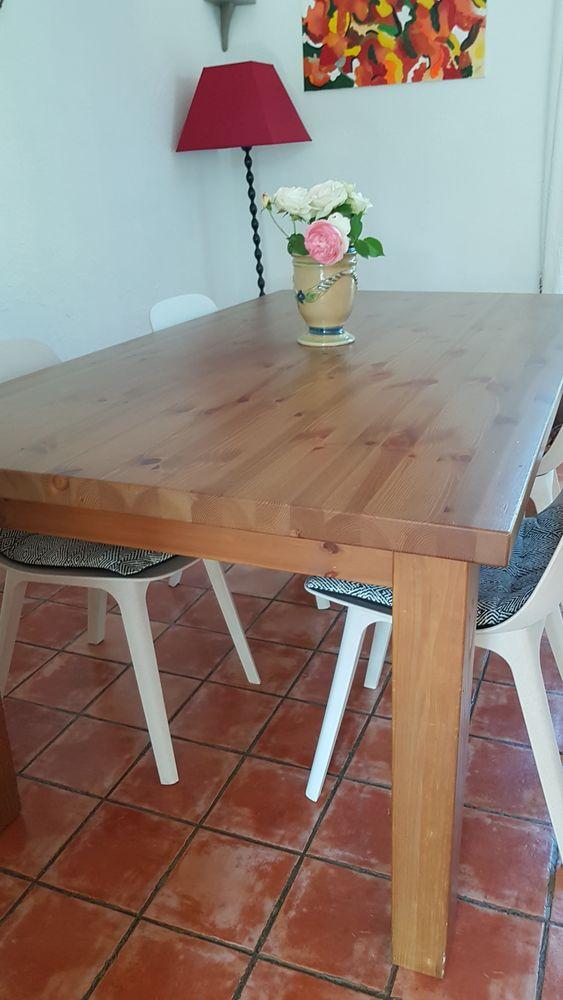 Table salle à manger 100 Toulon (83)