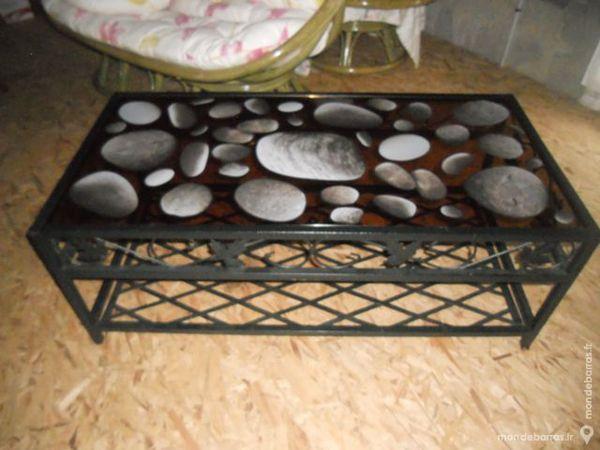 Table de salon avec consoles. 80 Herbignac (44)