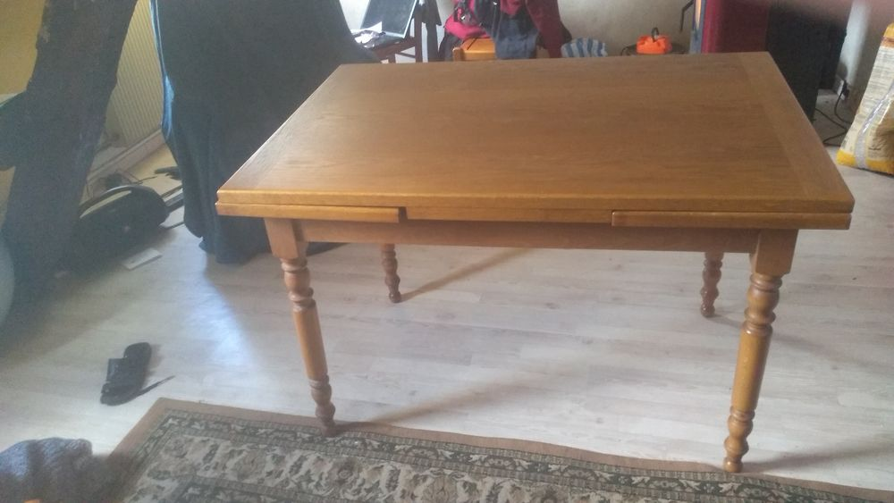 Table de salon avec rallonge et 3 chaise 110 Altkirch (68)