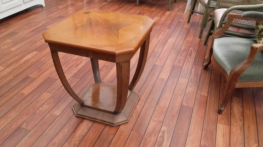 TABLE DE SALON EN BOIS Meubles