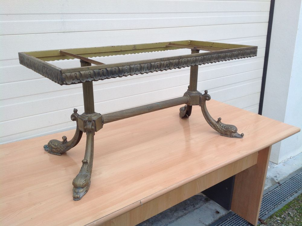 TABLE DE SALON EN BRONZE 25 Navenne (70)