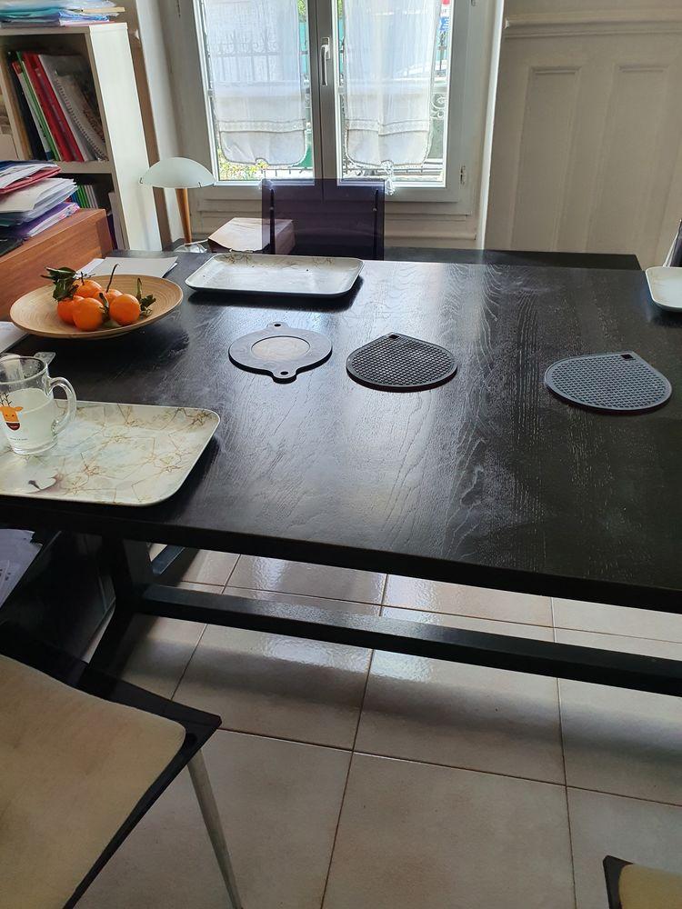 Table de salon et ses deux bancs, marque Habitat 0 Antony (92)