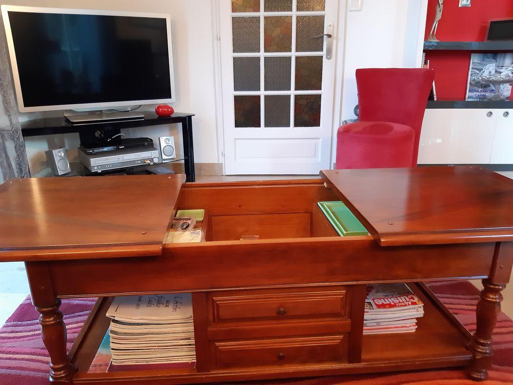 TABLE DE SALON MERISIER MASSIF 200 St Sauveur (79)