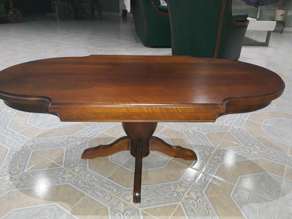 table salon en noyer massif  400 Port-des-Barques (17)