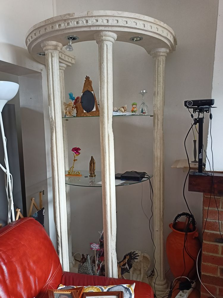 table salon en pierre fer et verre colonne vitree 0 Lens (62)